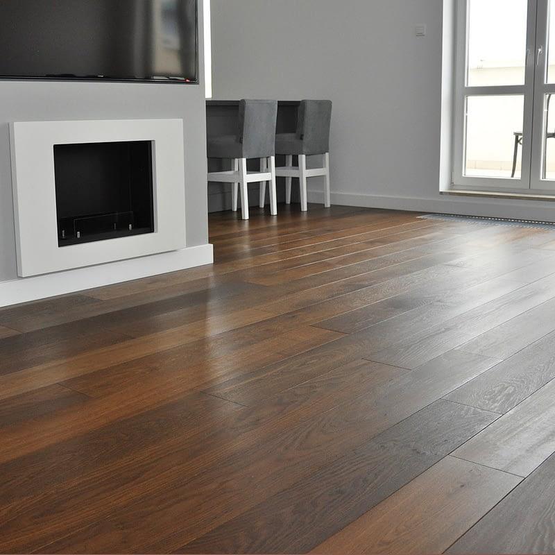 Parkettboden Wohnzimmer Parketterie Stegemann Landhausdiele compact Räuchereiche geölt